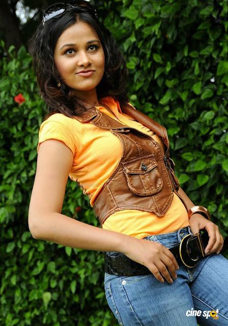 Fake Bollywood Hot Spicy Actress Tanushree Dutta Latest Naked