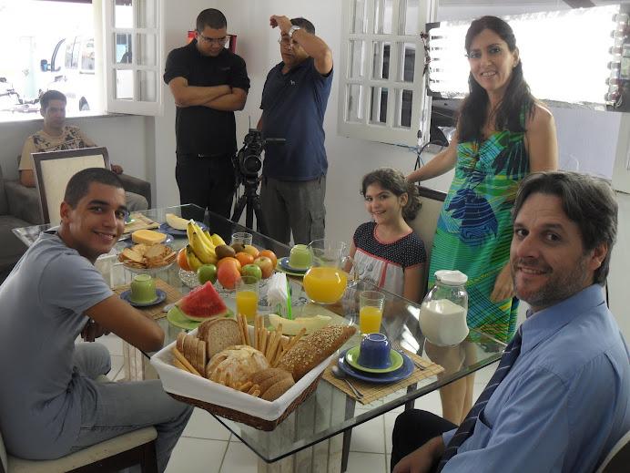 ATORES DA CAP ESCOLA DE TV GRAVA, COMERCIAL