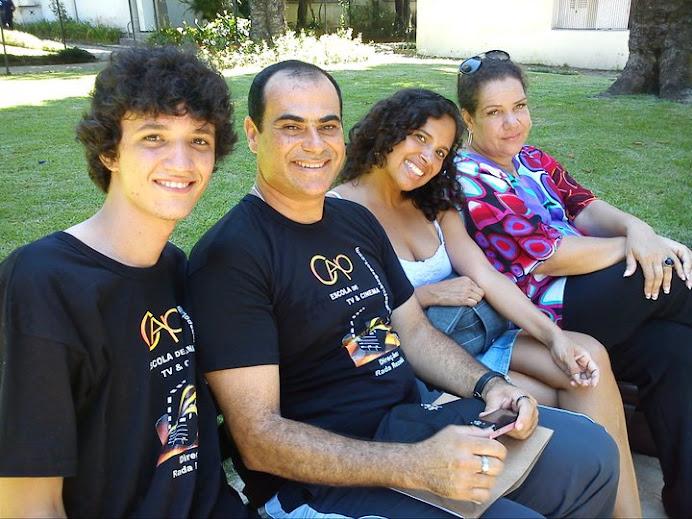 A atriz Ciça Ojuara, Rada, Noel Pestana e Mateus Santana