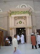 Hadapan pintu Masjidil Haram