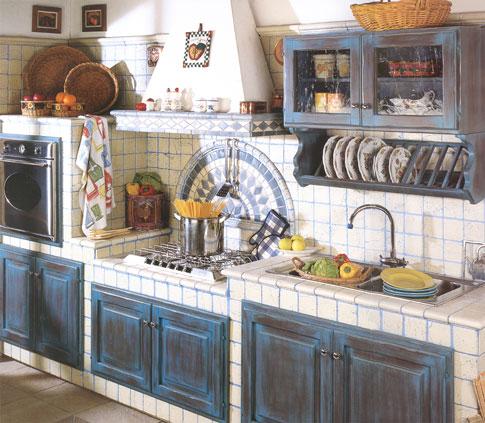 Casa tosca de italiaanse bij keuken for Zoccolo casa moderna