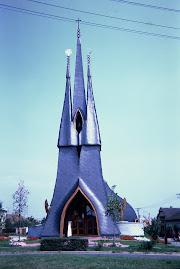 1991 - Hungria - arquitectura de Makovecs