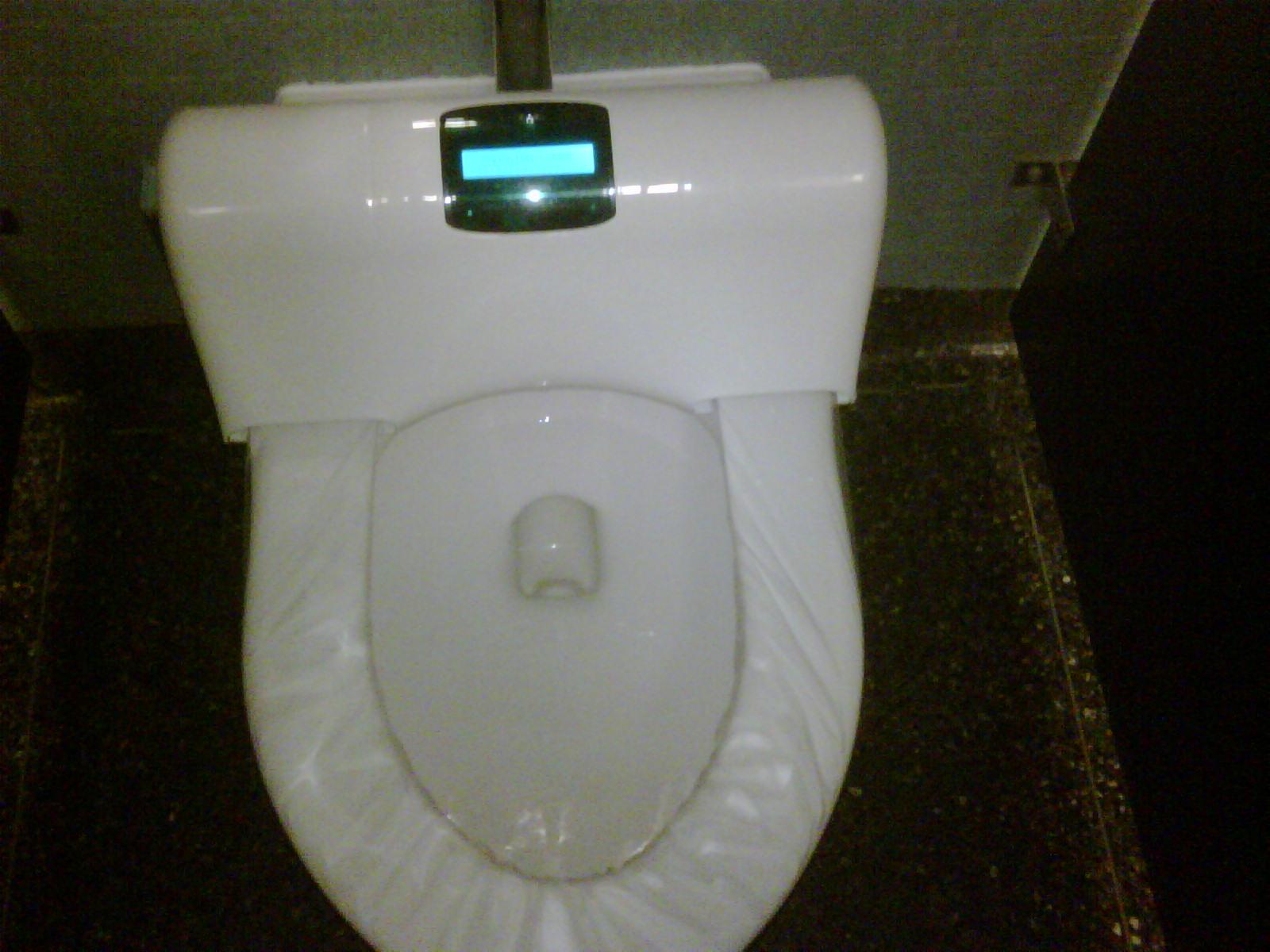 Прет в туалете 8 фотография
