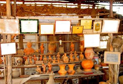 Wat Mahachai Museum