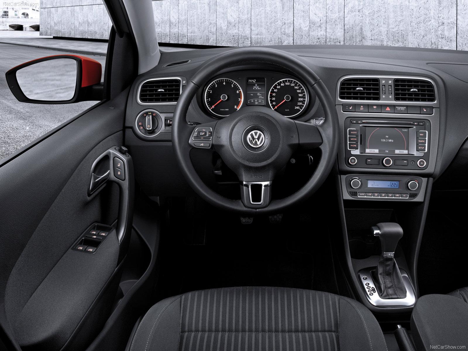 ... glory is forever.: Volkswagen Polo 1.4L DSG vs Fiat Grande Punto 1.4L
