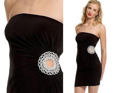 рокля с право деколте