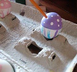 Как да си направим великденски яйца с акрилни бои