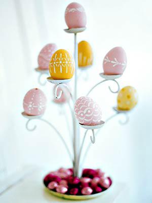 Великденско дърво с яйца