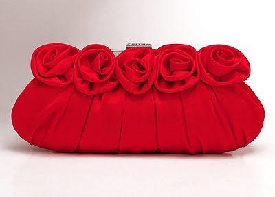 червена чантичка портмоне
