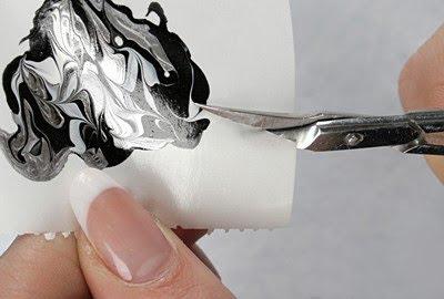 декупаж на нокти-изрязване