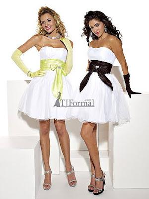 къси коктейлни рокли