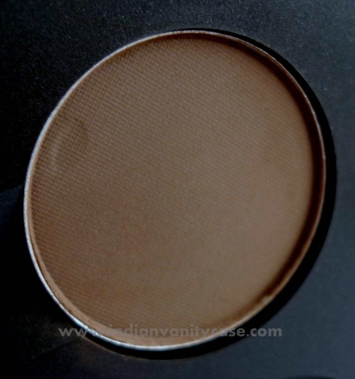 Mac casino eyeshadow review