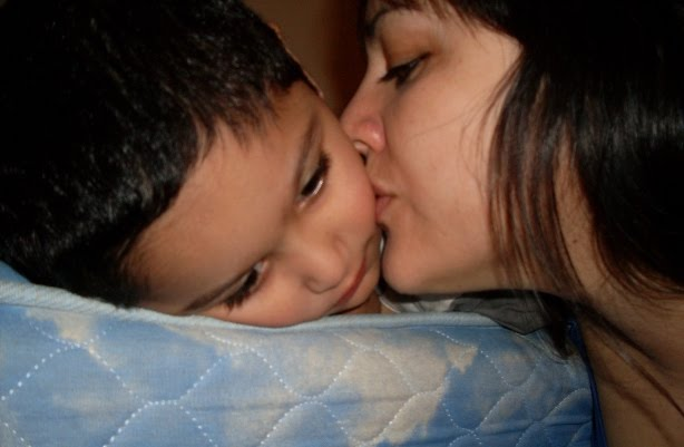 Todos mis besos te pertenecen