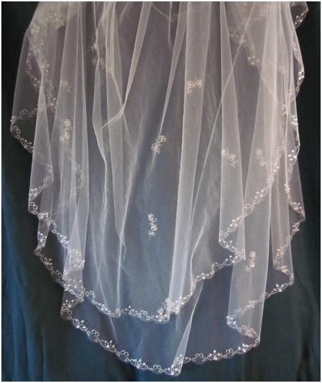 Handcrafted Hitching Post: Down To The Wire DIY: Embroidered Veil