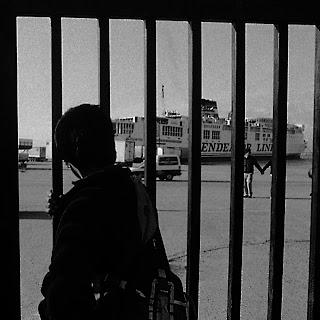 Salinia Stroux, Afgano al porto di Patras