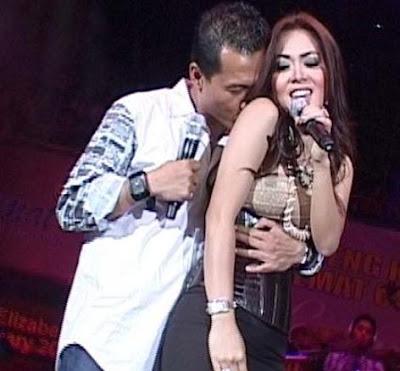 http://1.bp.blogspot.com/_K1kKF22_wUo/S44du8kplYI/AAAAAAAAA3Q/7jwJxxoHhqc/s400/anang-syahrini.JPG