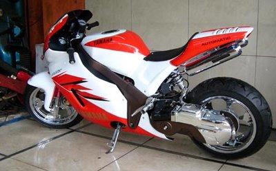 http://1.bp.blogspot.com/_K1vBUo0RZqc/S74IbJ0Q3VI/AAAAAAAAABA/s6thzebW0do/s1600/mio+moto+gp+detik.jpg