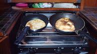 Pannenkoeken bakken, scheetje beef