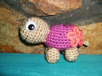 Amigurumi Little Bigfoot Turtle : Pin Turtle Amigurumi Crochet Pattern Cake on Pinterest