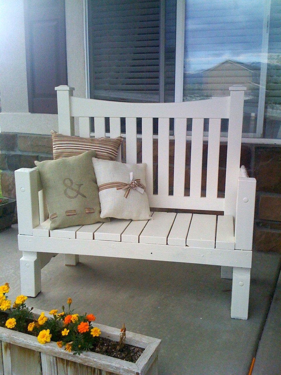 Mommy Time Crafts Porch Bench
