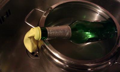bottiglia e palloncino 3