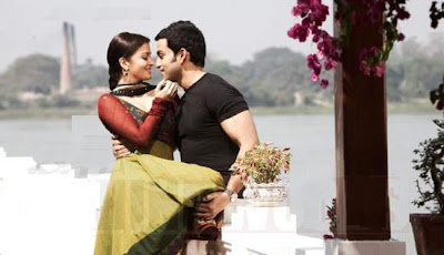 Ash and Prithviraj Raavan stills