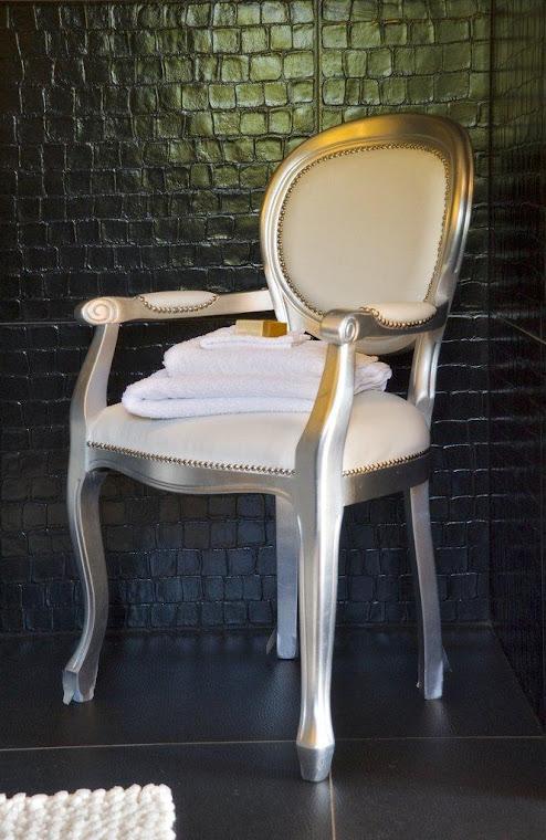 Leather Bathroom chair