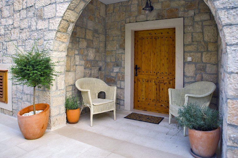 Main Entrance to Villa Rosemarine