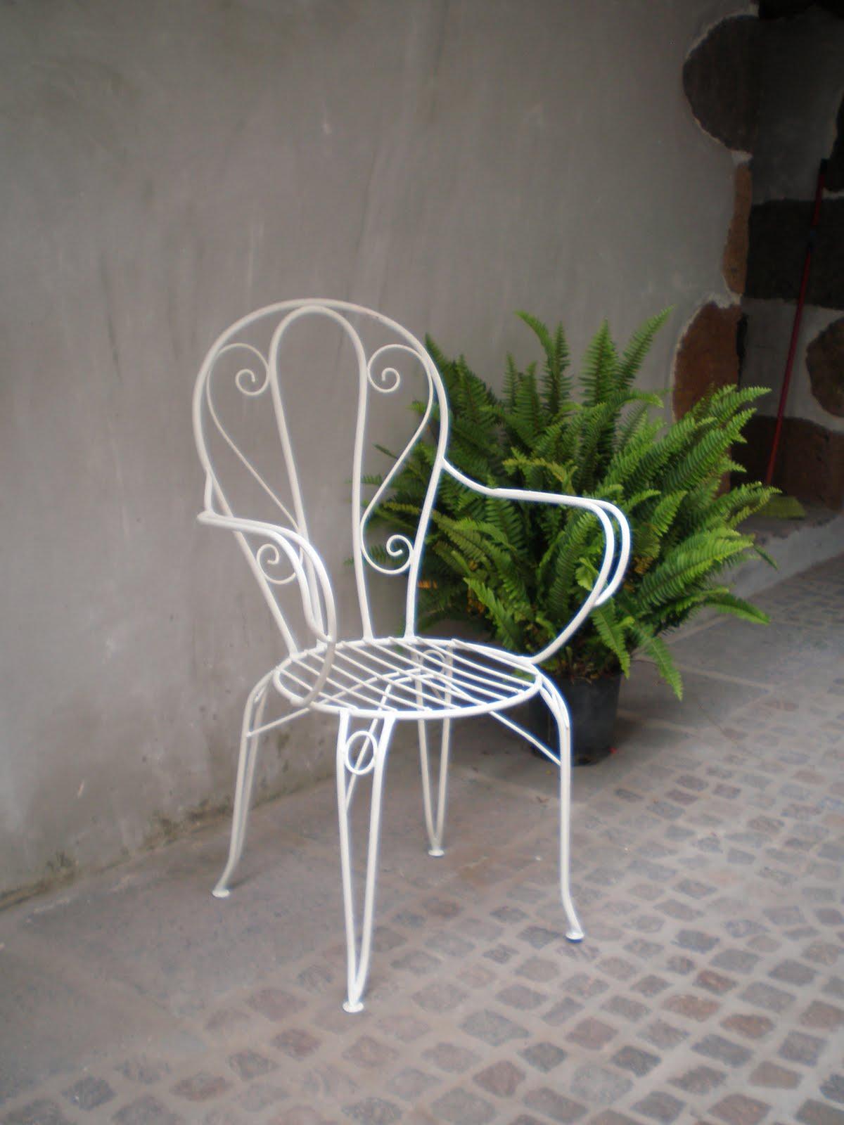 Dentrodelagaveta sillas de forja recuperadas for Sillas de forja baratas