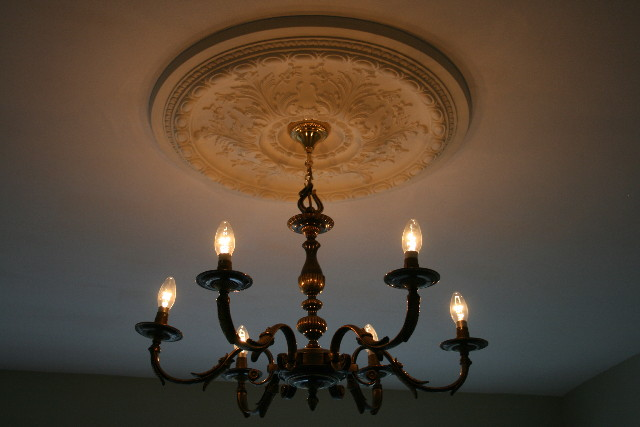 WITWIM Chandeliers and Ceiling Roses Hung – Second Hand Chandeliers