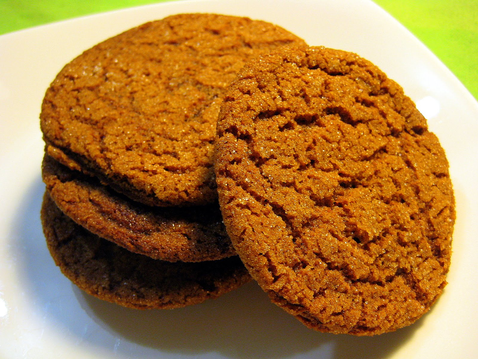 Food Tastes Yummy: CHEWY GINGERSNAP COOKIES