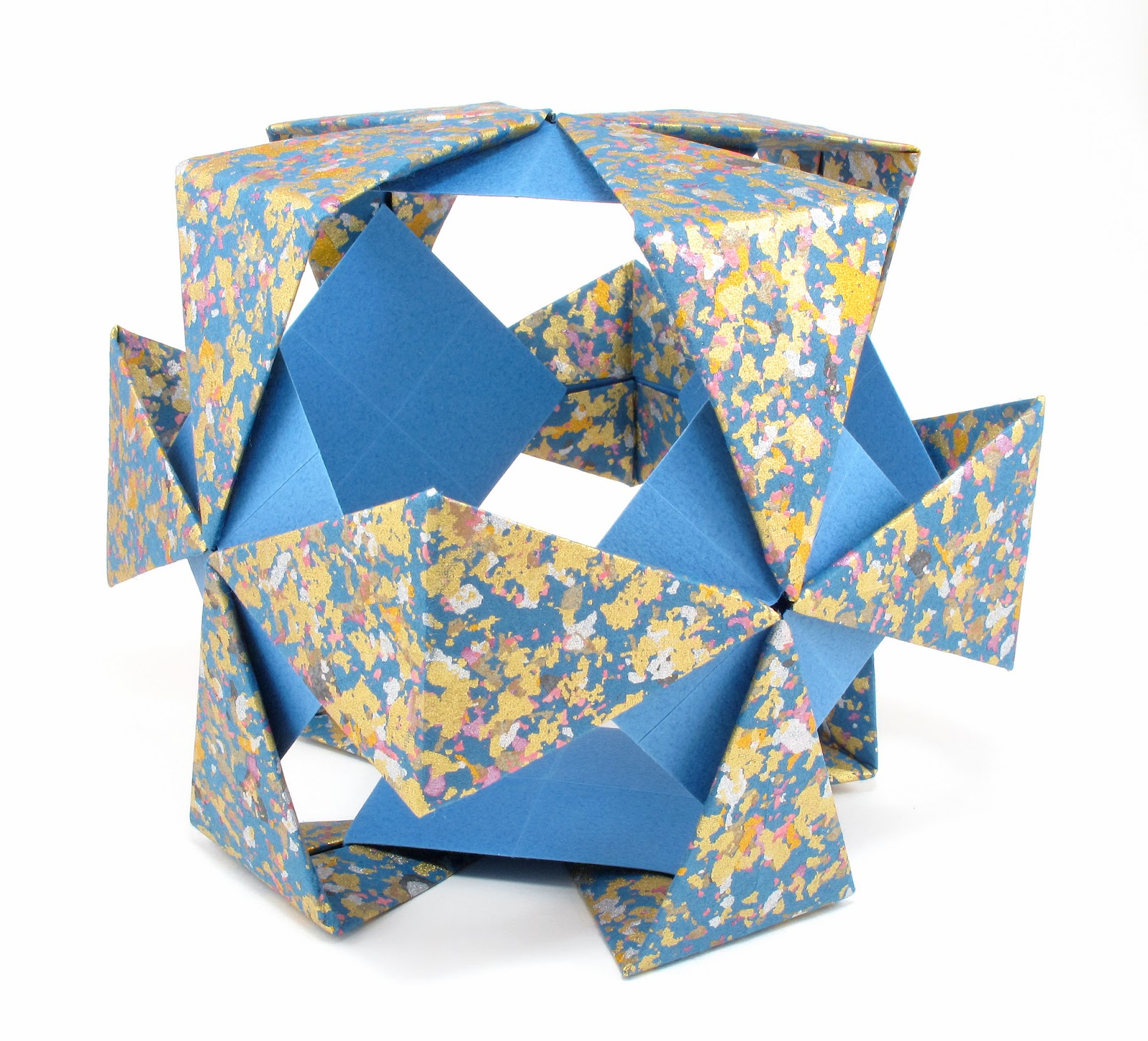 Bead origami origami interlude hollow blue cube my husband took me on an origami paper shopping spree for my christmas gift last december so i picked out several sheets of beautiful washi paper jeuxipadfo Image collections