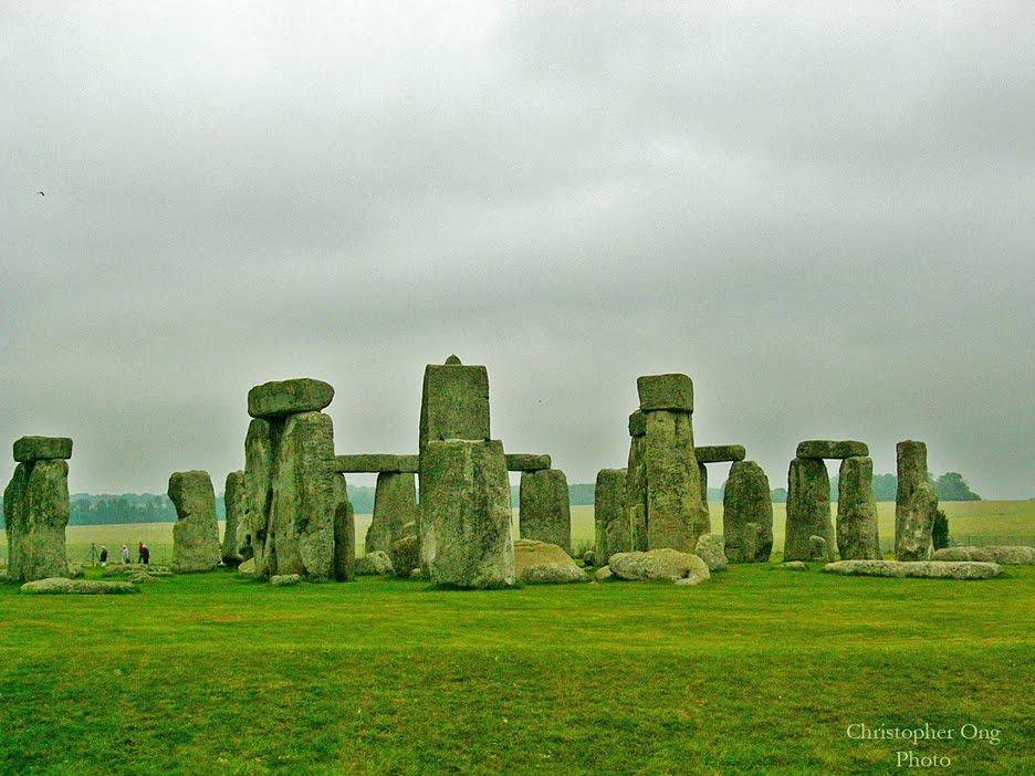 [Stonehenge+UK.jpg]