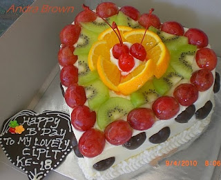 Bunda Andra Bikin Kue Black Forest Fruity For Lovely Person