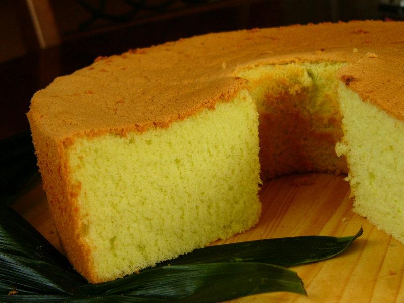 Duluuu,,,pertama kali nyoba resep chiffon cake pandan dari majalah ...