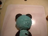 DIY teddy bear birthday cake