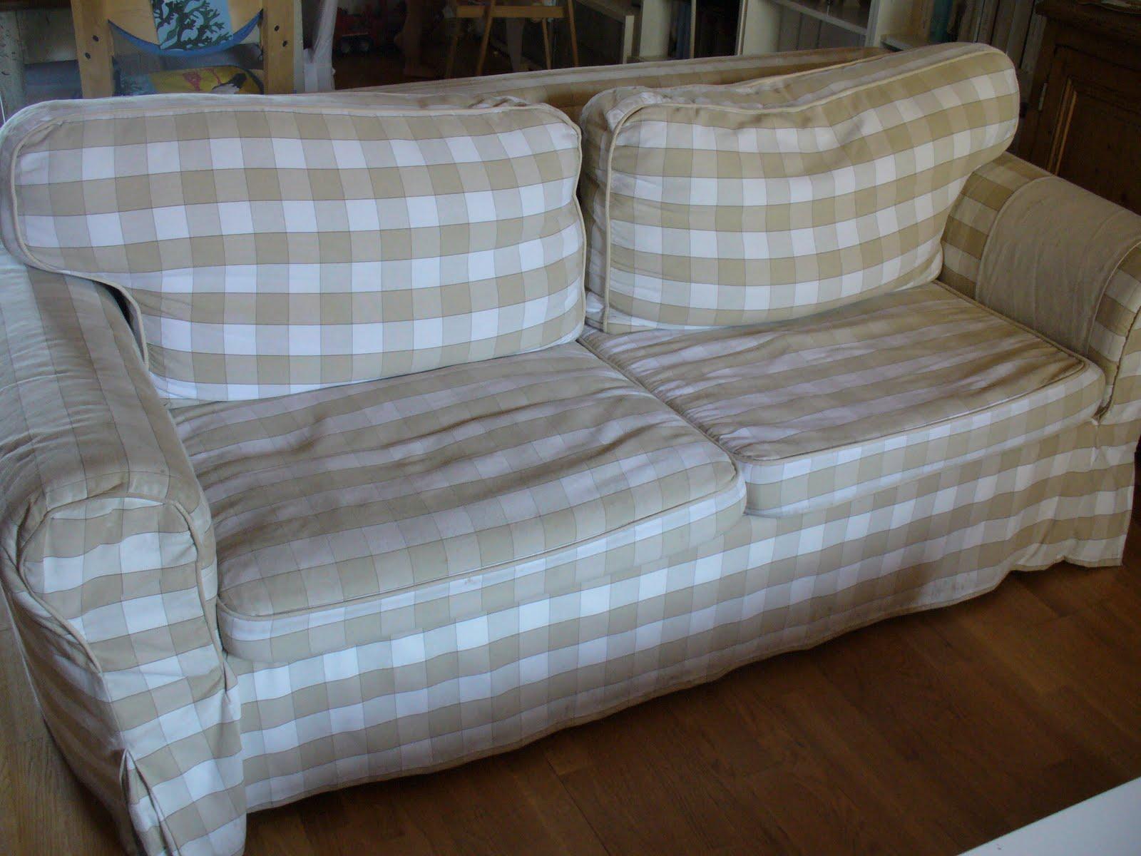 Casa andersen storia di un divano - Devo buttare un divano ...
