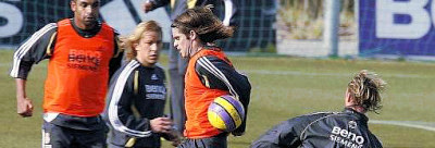 Fernando Gago in training with his team-mates