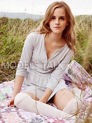 Busty Emma photo 80