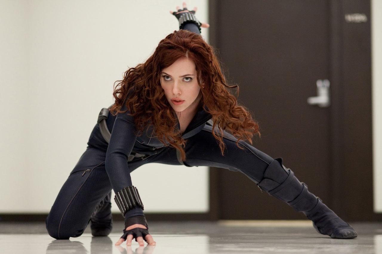 http://1.bp.blogspot.com/_KFVU8fZAXu4/S-p1RnQWFRI/AAAAAAAAAI0/i8sJe8pzbzw/s1600/Scarlett-Johansson-as-Black-Widow-in-Iron-Man-2-scarlett-johansson-9264514-1280-853.jpg