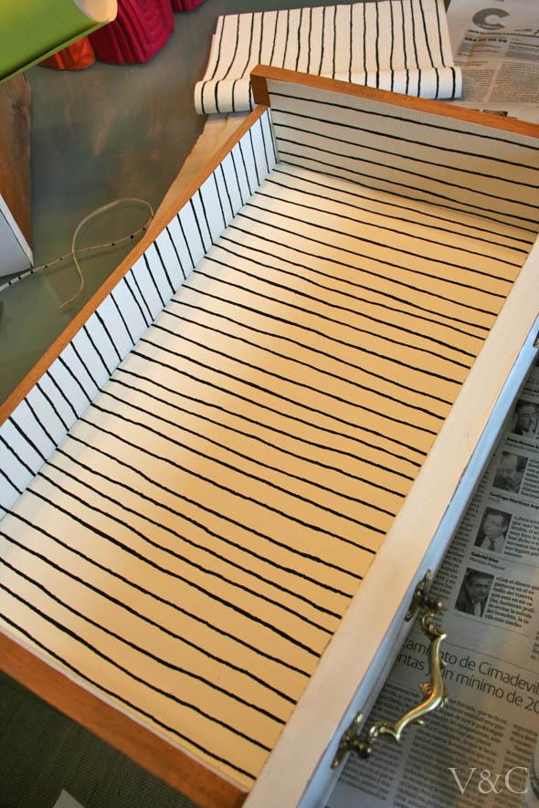 Vintage chic blog decoraci n vintage diy ideas para for Papeles adhesivos para forrar muebles