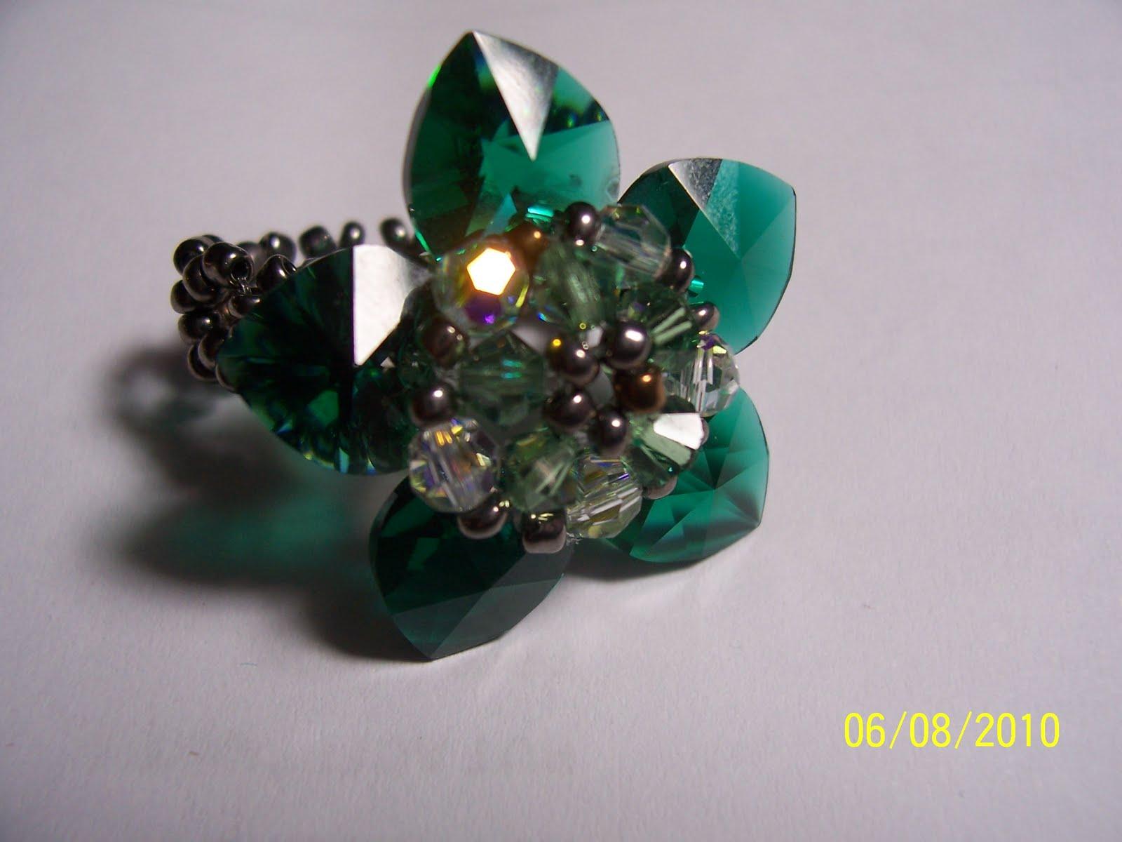 Anillo de flor, de cristal Swarovski a $6000 pesos!!!