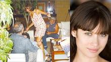 La chica Bond comparte en el lobby del Radisson de Antofagasta...