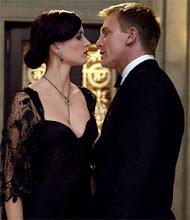 Vesper Lynd y James Bond un amor que busca venganza...