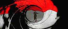 """El famoso """"gunbarrel"""" de 007, punto de partida de todo Bond film..."""