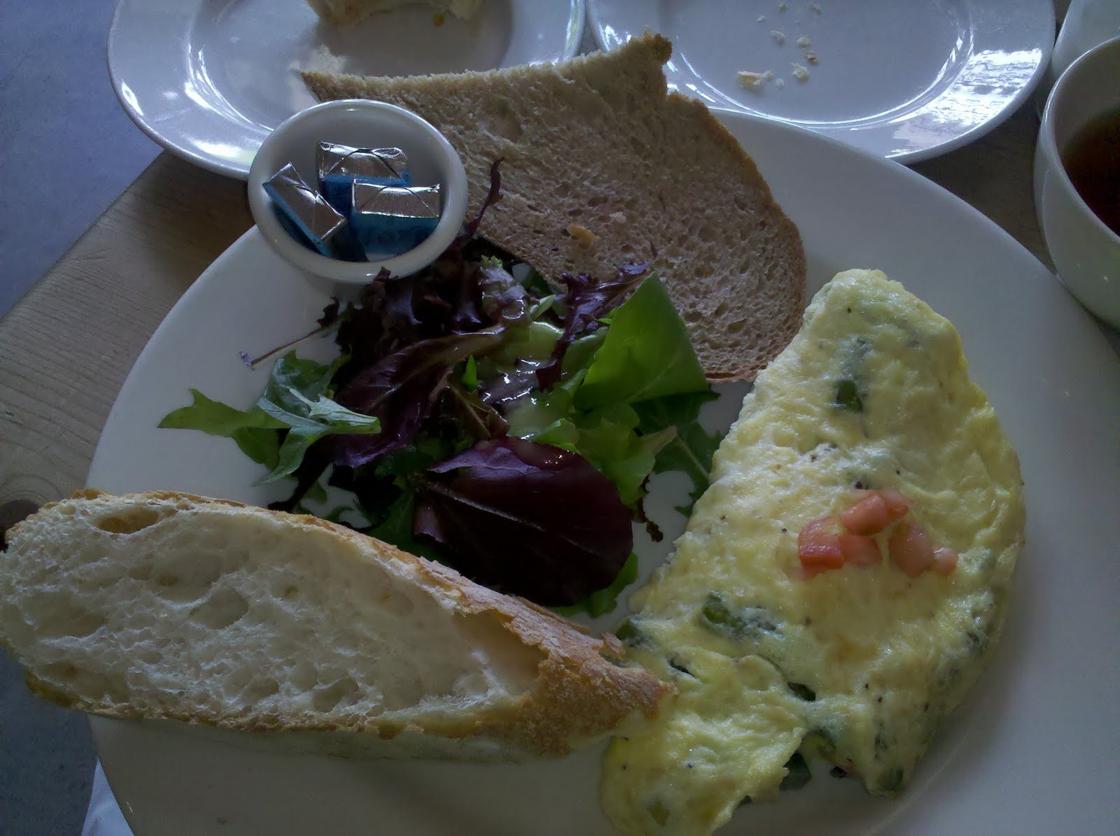 Asparagus+and+Goat+Cheese+Omelette.JPG