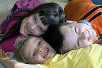 Счастливые дети. Их количество в Украине уменьшилось на 10% и здоровье большей их части оставляет желать лучшего