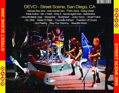 devo live street scene san diego 2008 trasera