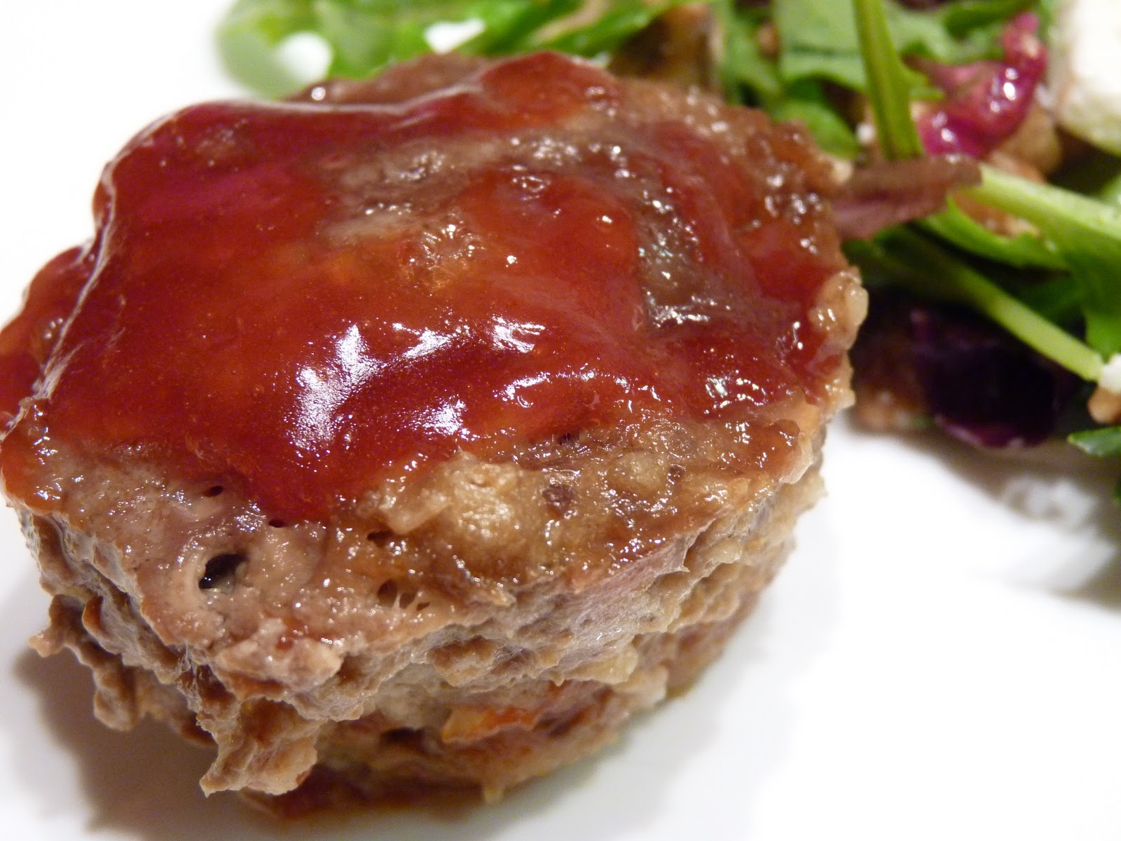 mini meatloaves meatloaf 1 1 2 lbs ground beef 2 3 cup quick oats or 1 ...