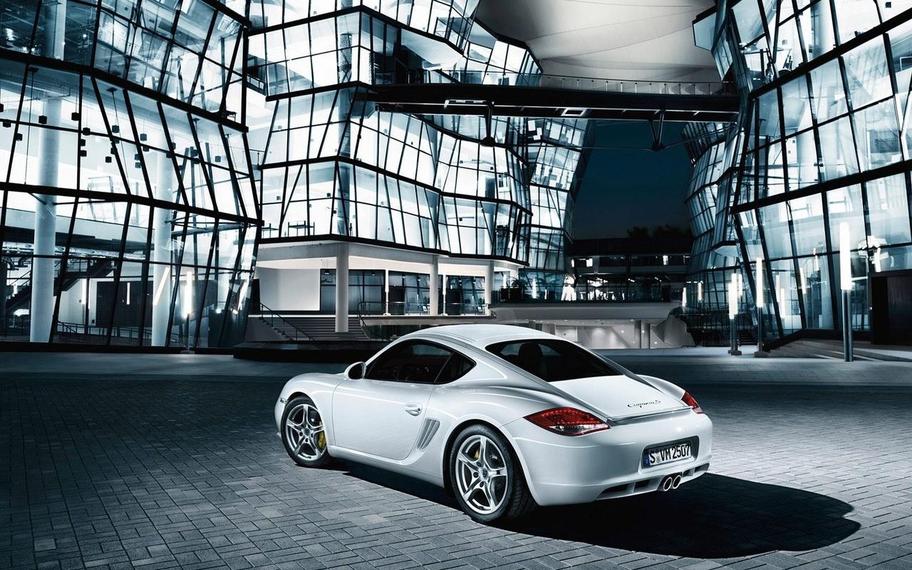 http://1.bp.blogspot.com/_KLJU3hHDGVM/THSVk1tHZ6I/AAAAAAAADvk/8pO3QzMgIOQ/s1600/Porsche_Cayman_S_2.jpg